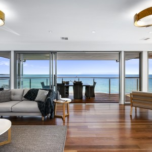 oceanview lounge and balcony