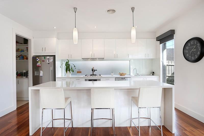 hires.22815-Kitchen