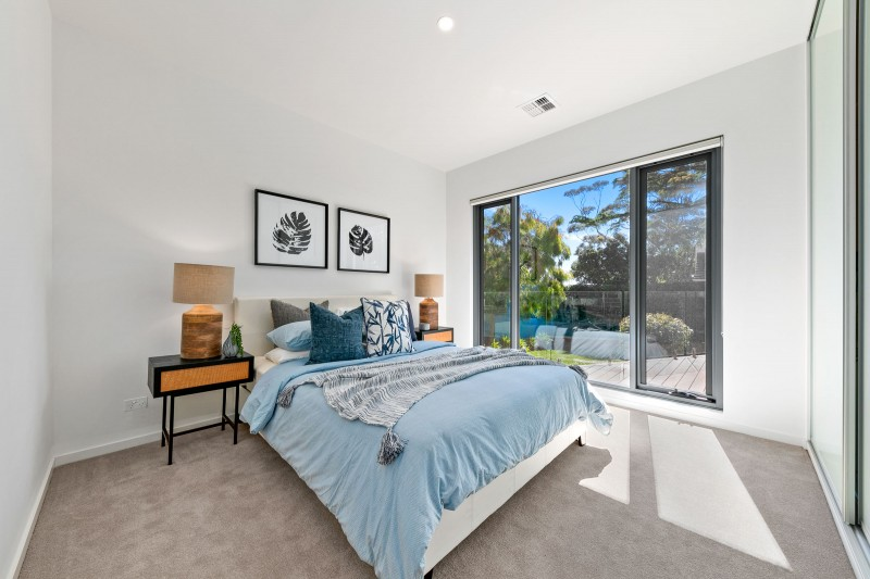 6 Roehampton Crescent, Mount Eliza (Web) (1 of 15)