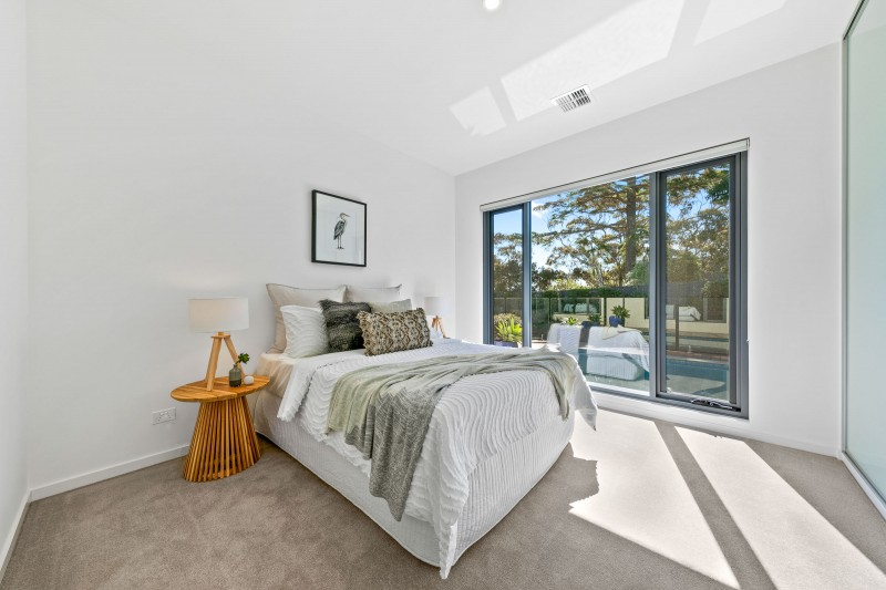 6 Roehampton Crescent, Mount Eliza (Web) (2 of 15)